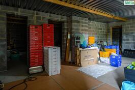 Kellarissa on paljon tilaa esim. varasto/toimitiloiksi