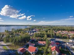 Kyrkösjärven uimaranta kävelymatkan päässä