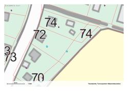 Nro 72, kiinteistöön kuuluu myös alapuolinen kapea tontti pellon reunaan asti