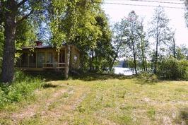 Rantamökki Arimaa -järvellä