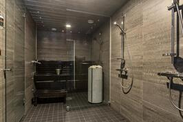 Alakerta - Kylpyhuone