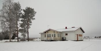 Talo Torniojokilaaksosta mielessä ? Esittely ja myynti Jarno Marttila 040 5353178