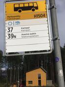 Bussipysäkki vieressä