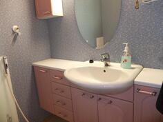 Huoneisto 1:n kylpyhuoneesta