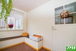 Talon maalaisromanttisen, kaunis veranta.