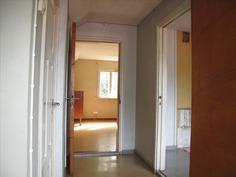 Yläkerran aula, 2 huonetta