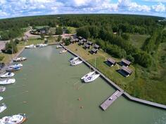 Marinan alueella on myös vuokramajoitusta ns. Boathouse -consepti.