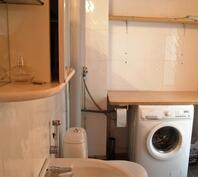 Kylpyhuoneessa tilaa kodinhoitotasolle