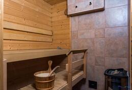 sauna, mahdollisuus myös puukiukaaseen