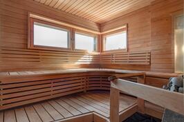 Muotolauteinen sun sauna