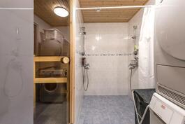 Kph/saunaosasto remontoitu 2006-2007.