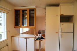 uuden puolen keittiö