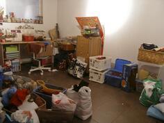 2005 remontoitu työhuone alakerrassa