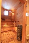 Ikkunallinen, upea sauna