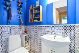 WC-tilassa on marokkolaistyylinen kaakelointi - raikas kokonaisuus