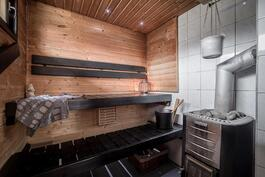 Sauna puukiukaalla