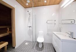 Kylpyhuone ja sauna-Badrum och bastu