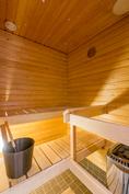 Lenkin jälkeen on mukava päästä omaan saunaan!