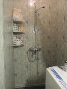 suihkutila wc:n yhteydessä