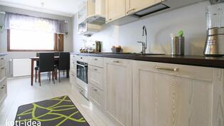 Keittiössä tilaa ja valoa