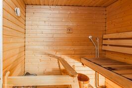 Sauna uusittu 2000-luvulla