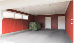 Autokatos ja käynti varastoon ja tekniseen tilaan