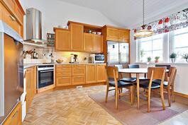 Kodinkoneet uusittu 2011/ köksmaskinerna förnyade 2011