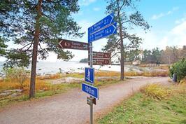 Rantaraitti alkaa käytännössä yhtiön rajalta. Tervetuloa ulkoilemaan suomen parhaisiin maisemiin!