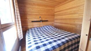 rantamökin makuuhuone