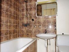 Kylpyhuone on alkuperäinen