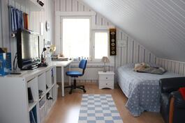 Makuuhuone 3 yläkerrassa