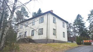 Gerbyntie 73, 3 asunnon Asunto Oy Vetokannaksella/ Gerbyv. 73, Bost Ab med tre lägenheter.