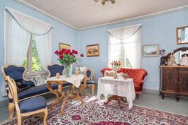 vaaleansininen huone
