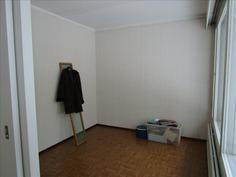 Olohuoneen vieressä oleva huone
