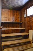 Saunassa sähkökiuas, mahdollisuus puulämmitteiseen kiukaaseen
