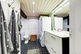 kodinhoitotilasta kylpyhuoneeseen