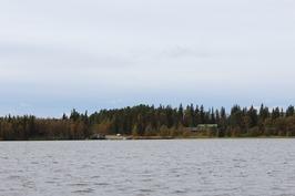 Mantereen autopaikoitus ja venesatama