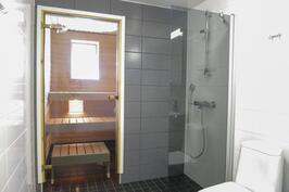 Iso kph/sauna/wc