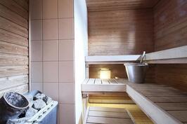 Yläkerta: Sauna
