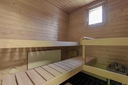 ikkunalinen sauna