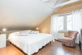 2. kerroksen huone