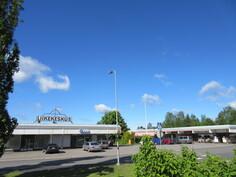 Monipuolinen Harjavallan liikekeskus on kätevästi alle 1 km päässä!