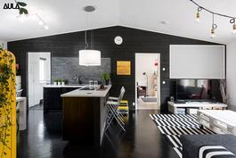 Keittiö ja olohuone ovat yhtenäistä, avaraa tilaa!