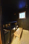 Ikkunallinen oma sauna