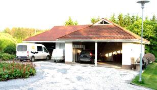 Tilava talousrakennus - p-ala kokonaisuudessaan n. 135 m²