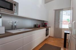 intergroidut kodinkoneet keittiössä