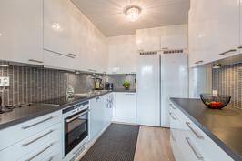 Laadukas ja tilava keittiö on rakentajan parasta tasoa