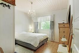 Tilava makuuhuone