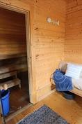 pukuhuone/vierashuone saunalla