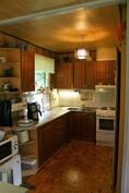 A-puolen keittiö